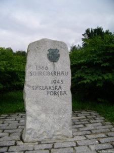 Kamień upamiętniający wspólną polsko-niemiecką historię Szklarskiej Poręby