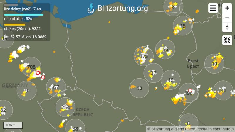 Wektorowa mapa wyładowań atmosferycznych